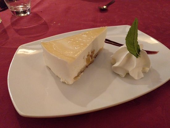 Restaurante Casa de los Gallos: Tarta a la sidra