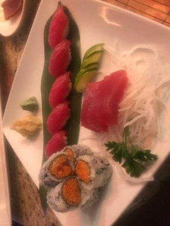 Ludlow, MA: Sushi / Sashimi Combo Plate