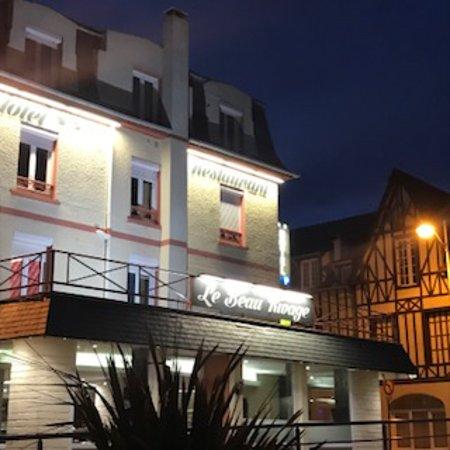 Luc-sur-Mer Picture