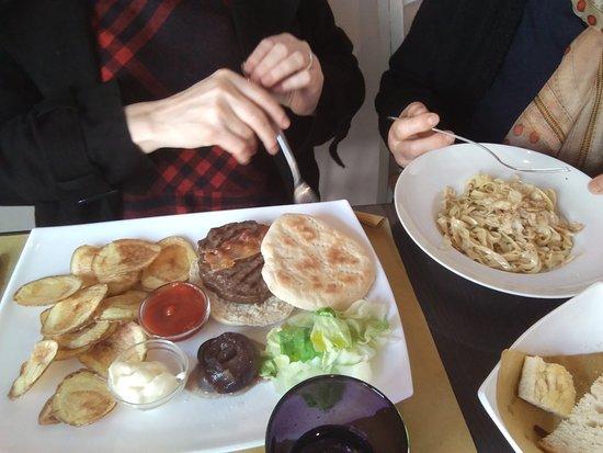 Osteria del Podestà: Hamburger di chianina