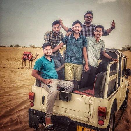 Kanoi, Indien: Jeep Safari