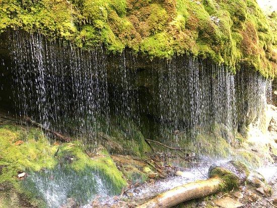 Löffingen, Deutschland: Vorhangwasserfall