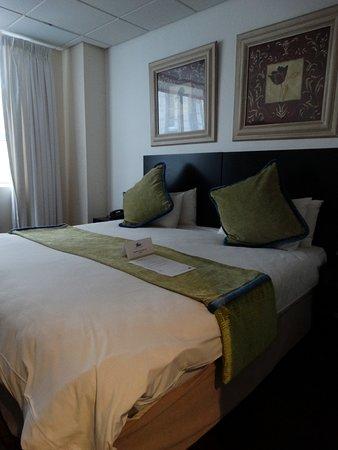 Cape Diamond Hotel Photo