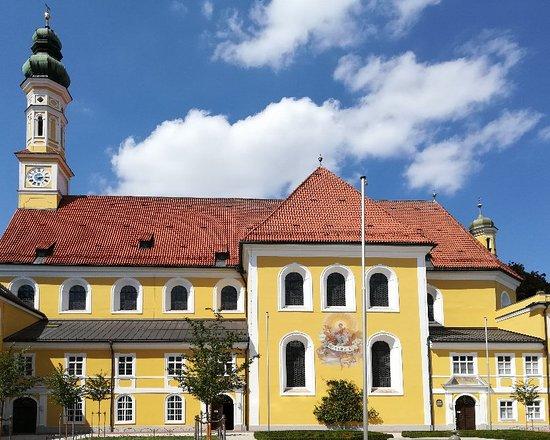 Zisterzienserinnen-Abtei Seligenthal