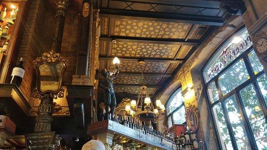 Puerta Del Carmen: decorado al detalle