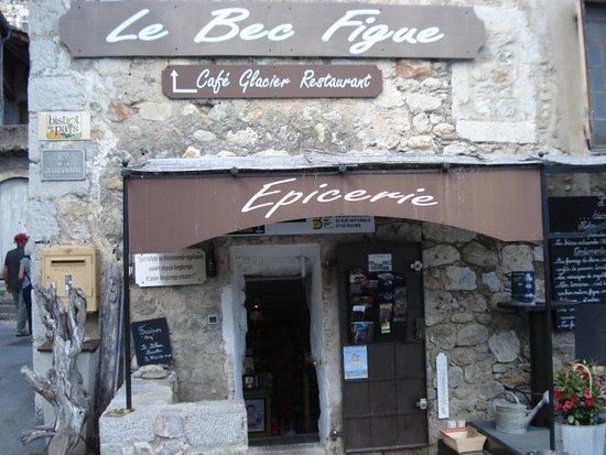 Labeaume, Francia: EPICERIE DU RESTAURANT