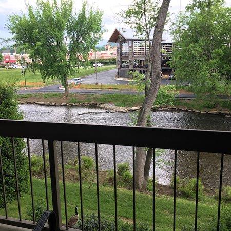 The Inn On The River – slika