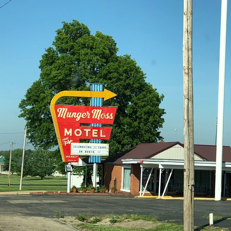 Munger Moss Motel: photo1.jpg