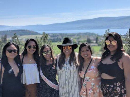 写真Uncorked Okanagan Wine Day Tours枚