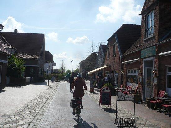Hooksiel, เยอรมนี: Neben der Bäckerei.
