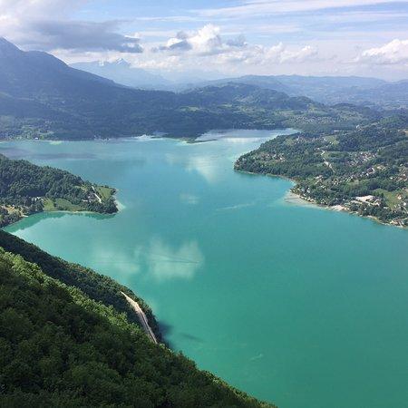 Aiguebelette-le-Lac, Γαλλία: vue après quelques secondes de vol