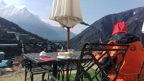 ‪‪Namche Bazaar‬, نيبال: Having a breakfast‬