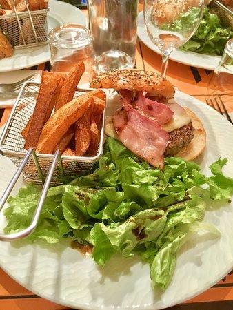 Renaison, France: «Le cheese» simple et efficace ! Produit locaux de premier choix, un pur régal!