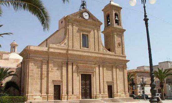 La chiesa principale di Santa Croce Camerina
