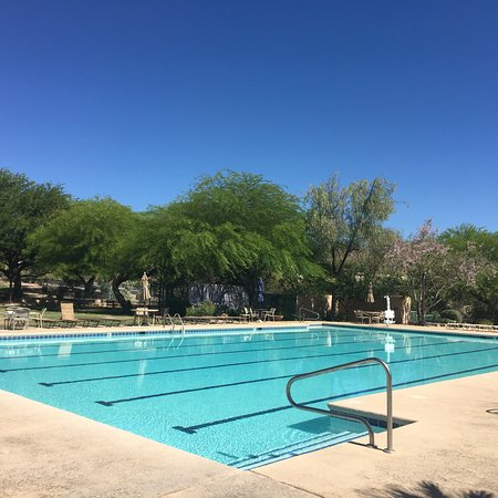 Starr Pass Golf Suites: Beautiful pool with hot tub , never crowded