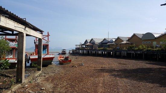 Lanta Old Town: Waterside