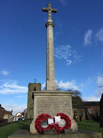 War Memorial Bempton & Buckton