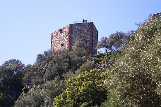 Castillo de Monfague