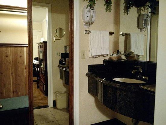 Dynasty Suites Redlands: Beautiful hotel