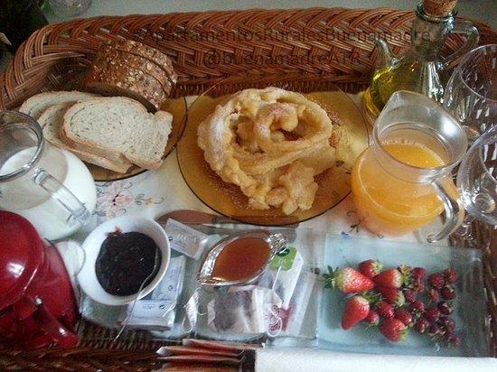 Somiedo Municipality, Espanha: Desayunos en el apartamento