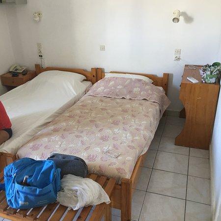 Niriis Hotel: photo1.jpg