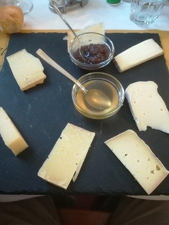 Albate, Ιταλία: Selezione di formaggi