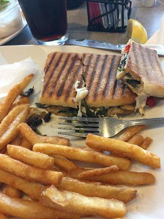 Congers, NY: mozzarella, spinach, & mushroom panini