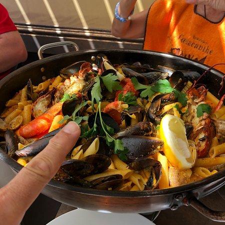 Le coelacanthe saint rapha l restaurantbeoordelingen tripadvisor - Restaurants port santa lucia saint raphael ...