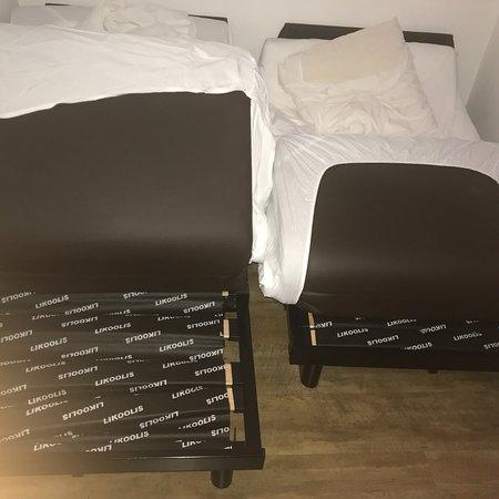 Hotel & Spa des Gorges du Verdon: Une chambre 4 étoiles 😂😂🙃