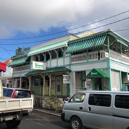 Hemingways Caribbean Cafe: photo3.jpg