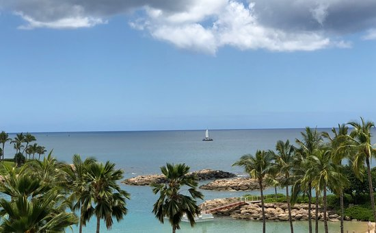 Four Seasons Resort Oahu at Ko Olina: View from our room was terrific!