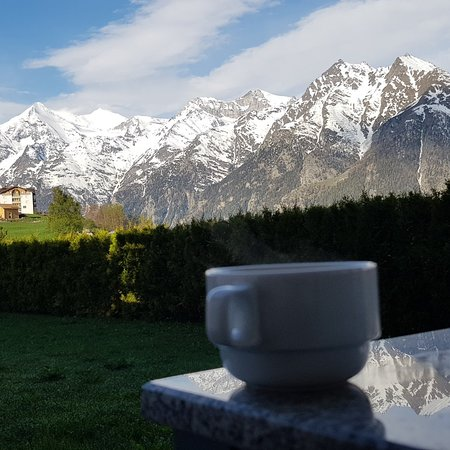 Graechen, Ελβετία: IMG_20180508_081207_550_large.jpg
