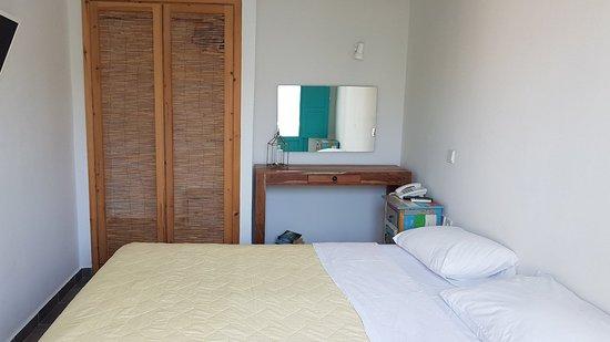Nissia Apartments: 20180508_150142_large.jpg