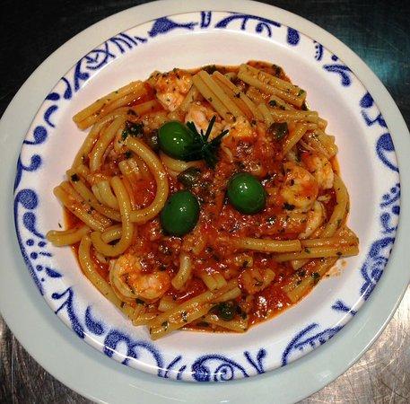 Caserecce con gamberi alla siciliana