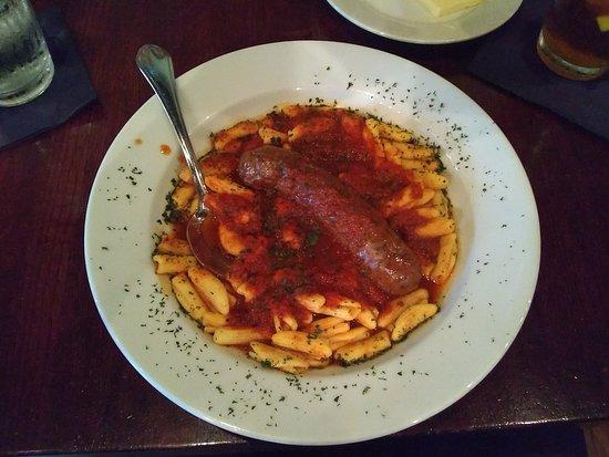 Gallo's Kitchen & Bar: Pasta GIantonio and Sausage