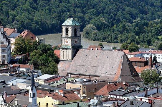 Katholische Stadtpfarrkirche St. Jakob