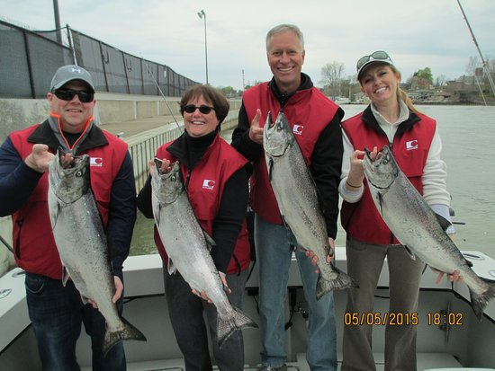Rochester pictures traveller photos of rochester finger for Finger lakes fishing report