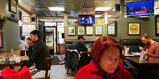 George's Restaurant: Excelente lugar, gran variedad de platos y buenos precios
