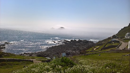Keith's Cornish Tours : Sea Mist at Cape Cornwall