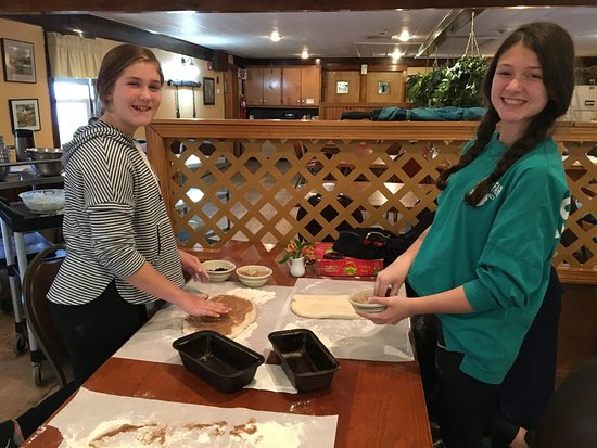 Troy, NH: Bread baking workshop