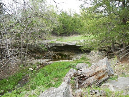 Blue Rapids照片