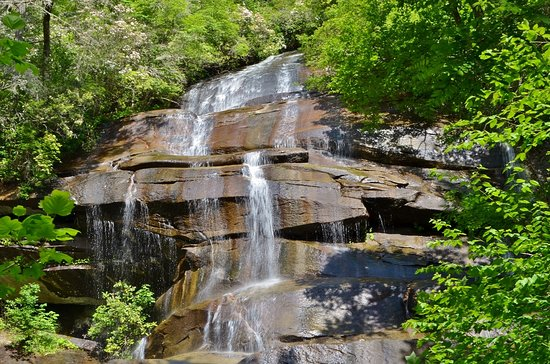 Daniel Ridge Falls: Toms Spring Falls