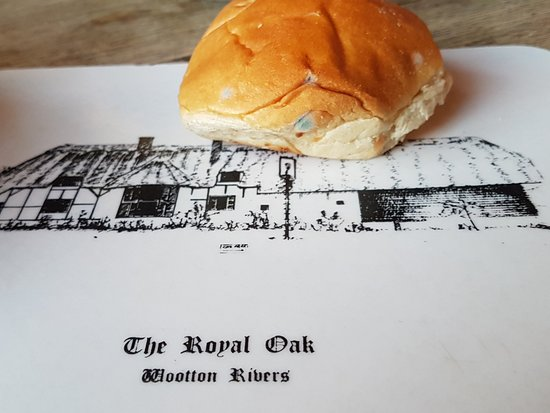 The Royal Oak at Wootton Rivers: MOULDY BREAD FED TO US ON SUNDAY 13th MAY