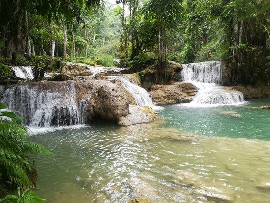 Kuang Si Falls: 小さな滝