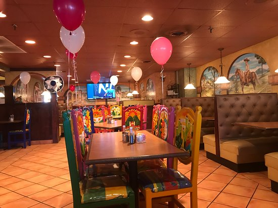 Daleville, VA: Festive balloons for Mother's Day.