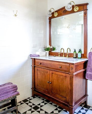 Springton, Australia: Newly renovated bathroom
