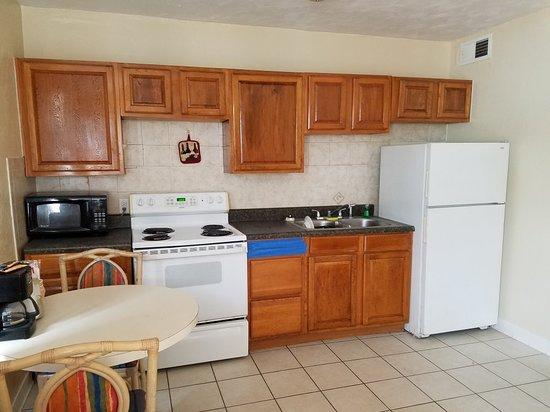 Daytona Shores Inn and Suites: 20180513_105903_large.jpg