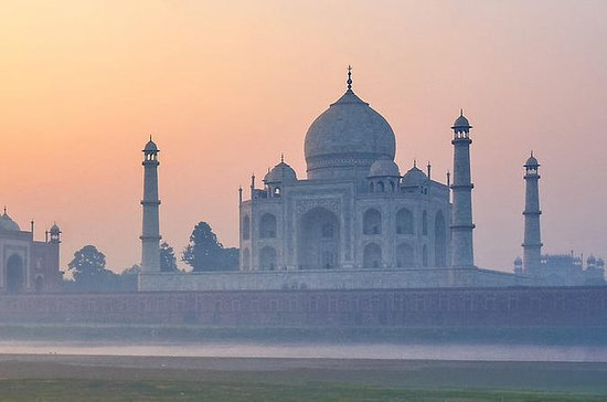 Private Taj Mahal Tour with Car from...