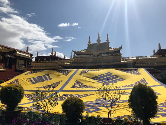 4 Day Lhasa City Sightseeing: Tibettravelers Impressionen