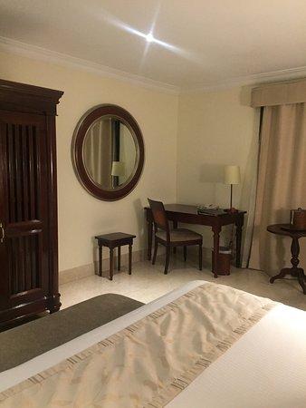 Hotel Saratoga: Saratoga Bedroom